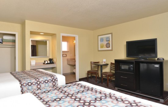 Welcome To Avenue Inn Downtown San Luis Obispo - 2 Queen Beds
